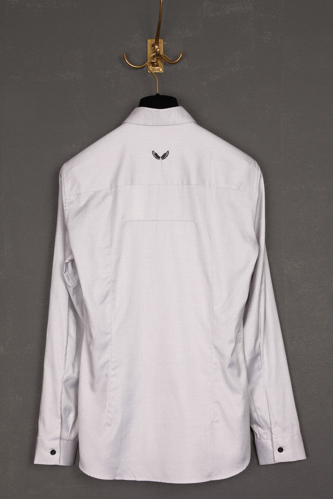 UNCONDITIONAL Pale grey evening shirt with contrast white plisse bib