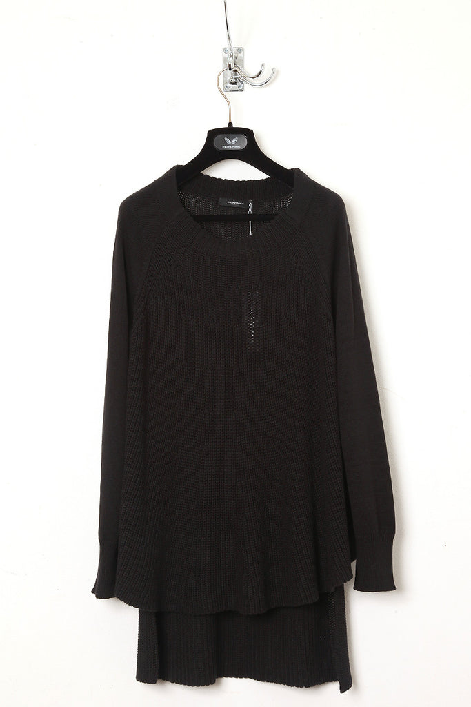 983ddf44c734 UNCONDITIONAL black long sleeve tail back jumper.