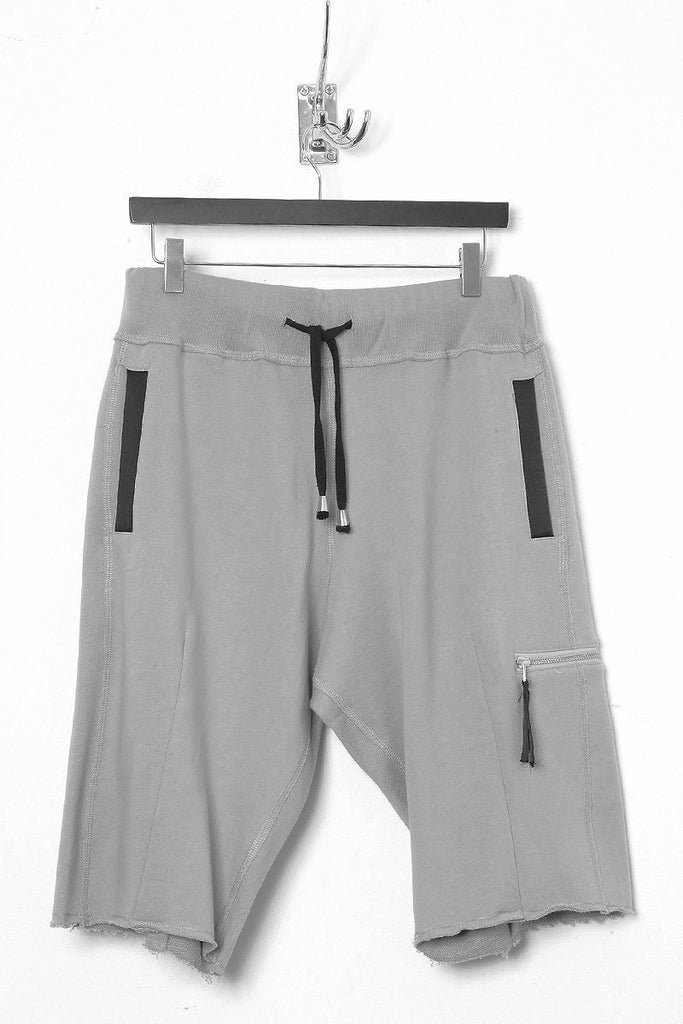 UNCONDITIONAL Flannel oversized sweat shorts with rib waistband.