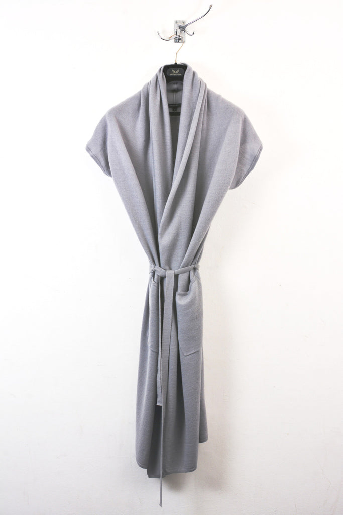UNCONDITIONAL SS18 Silver Grey long draped cap sleeve belted pocket cardigan.