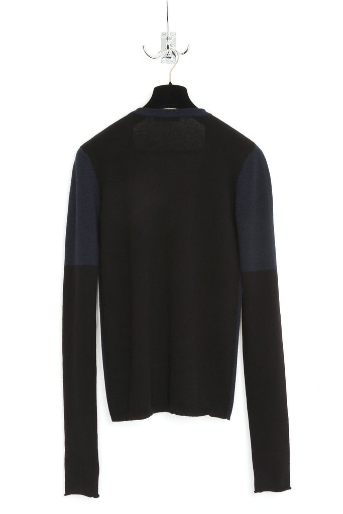 UNCONDITIONAL Midnight cashmere X-long sleeved jumper with black back and sleeves.
