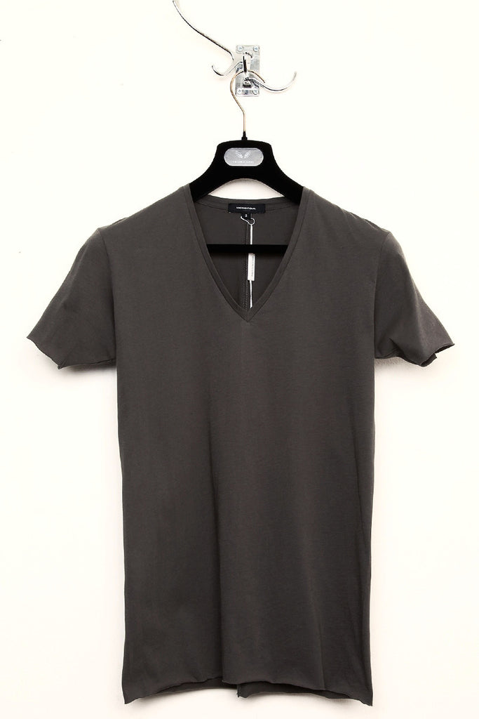 UNCONDITIONAL super dark grey v-neck tee with centre back seam.