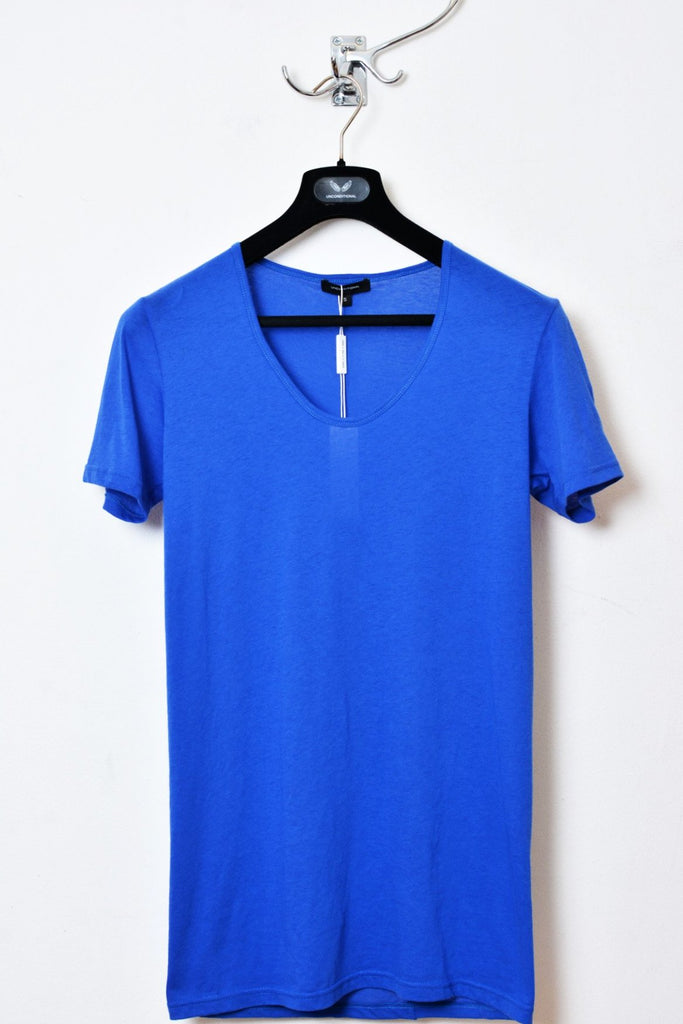 UNCONDITIONAL Lapis Blue signature scoop neck fine jersey T-shirt with back French seam.