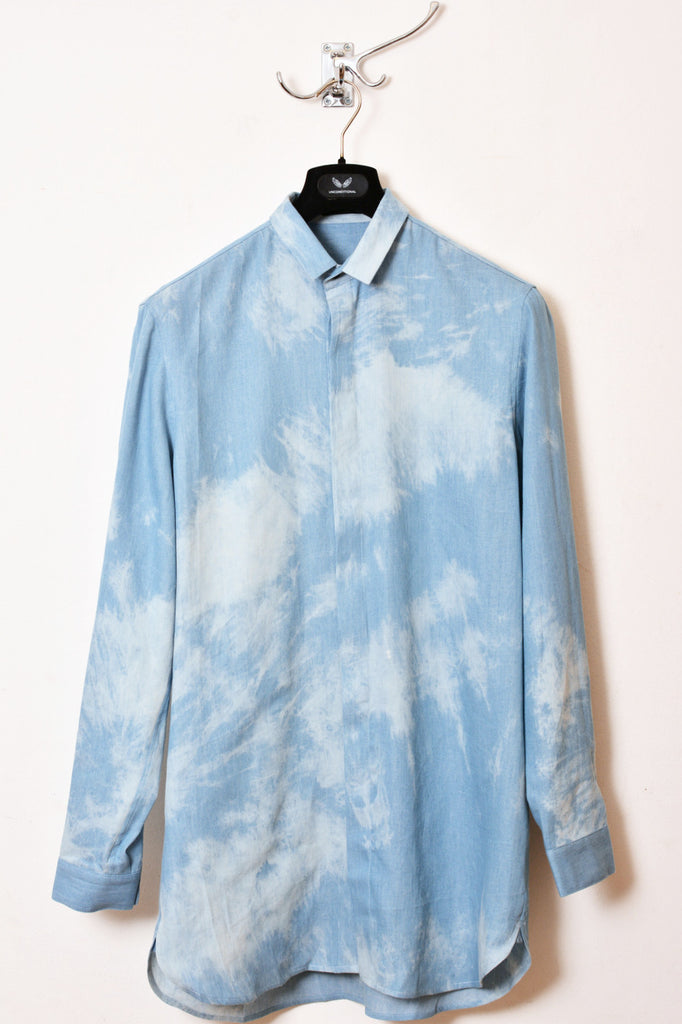 UNCONDITIONAL SS16 tie dyed chambray loose fit shirt.