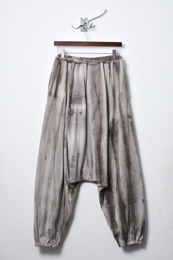 UNCONDITIONAL grey spray striped elasticated cuff mens harem trousers.