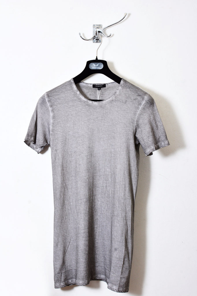 UNCONDITIONAL Sand cold dyed signature slim fit crew neck T with external centre back seam.