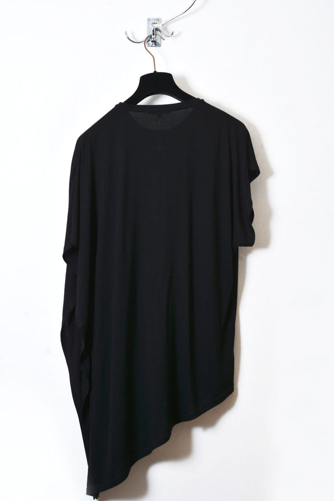 UNCONDITIONAL signature crew neck drape fin T-shirt, in black rayon for SS17