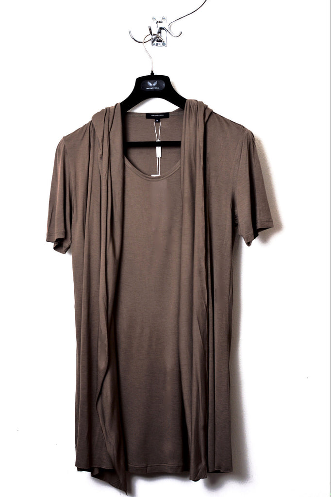 UNCONDITIONAL Tobacco rayon hooded cape drape waistcoat T-shirt.