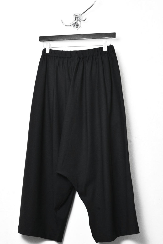 UNCONDITIONAL SS18 Black stretch wool unisex sporty culottes