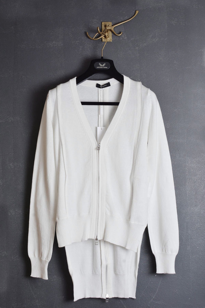 UNCONDITIONAL ss19 white long cotton zip tail back cardigan