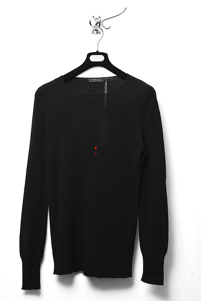 UNCONDITIONAL Black cashmere loose knit crew neck jumper with hem rib.