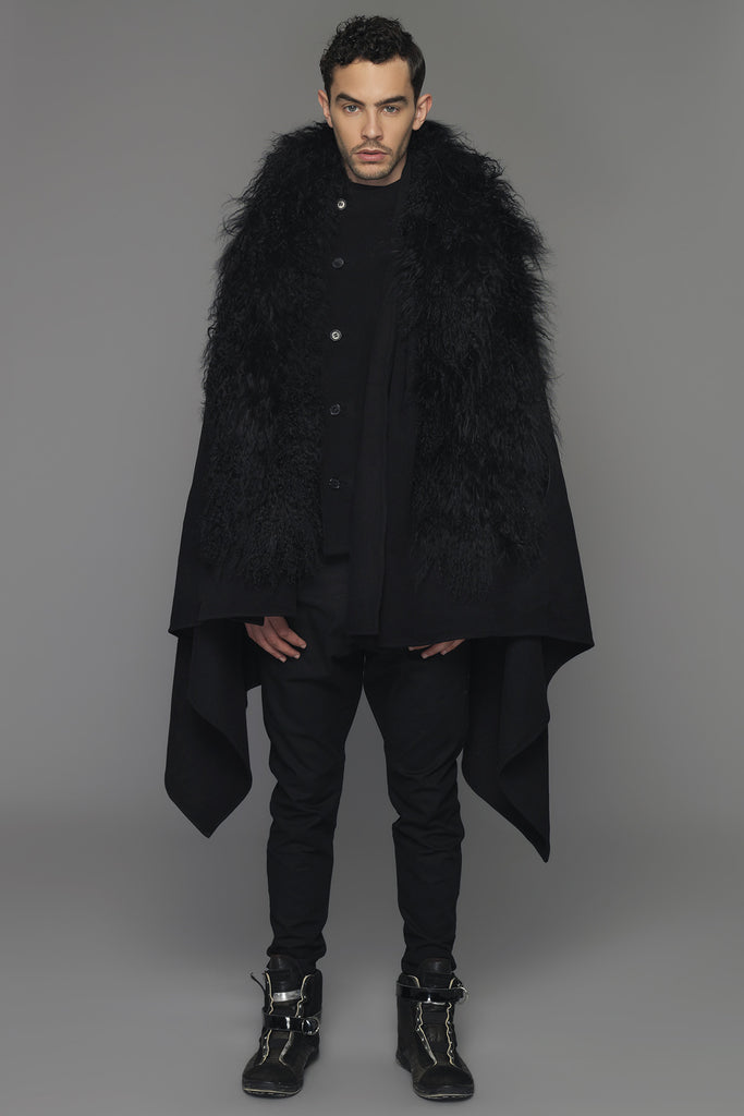 UNCONDITIONAL AW17 Large Black scarf cape in pure wool with black Mongolian sheepskin