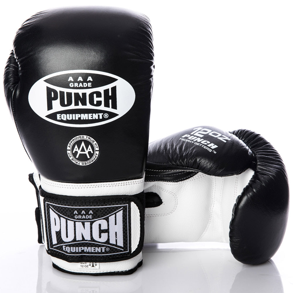 TROPHY GETTERS® COMMERCIAL BOXING GLOVES BLACK/WHITE 10OZ