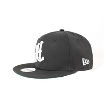 Load image into Gallery viewer, Youth HL Monogram New Era 9Fifty Snapback