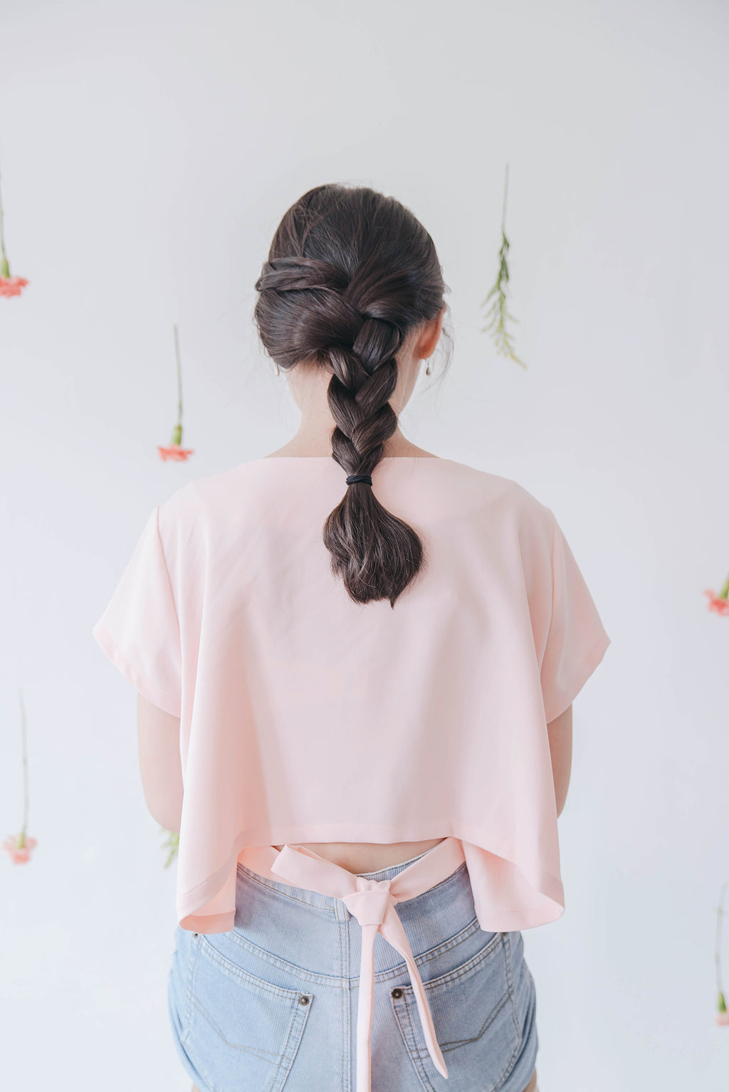 High Low Top with Back Ribbon