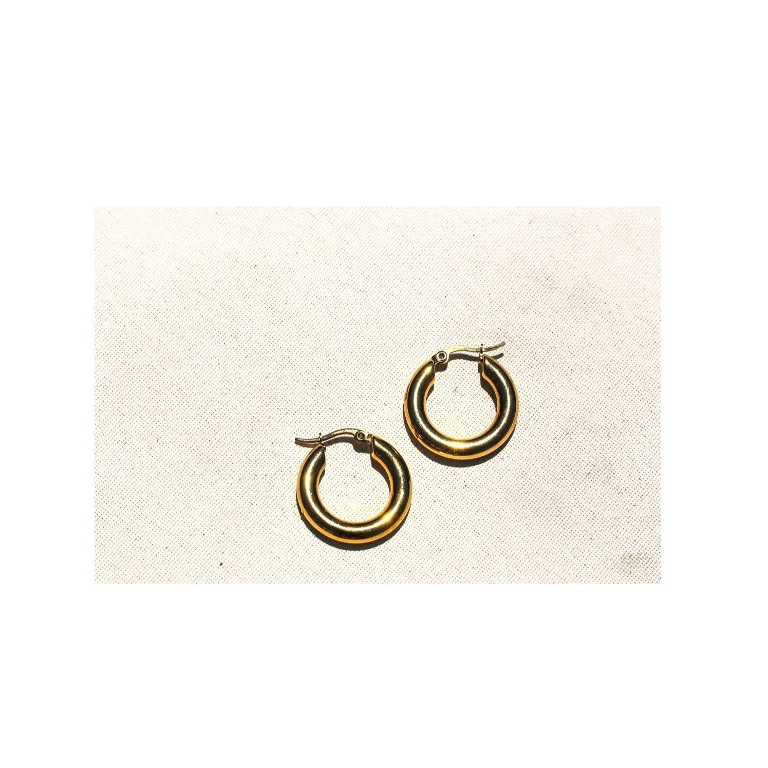 Karma -Medium Thick Gold Hoop Earrings-25mm - IRIS 1956
