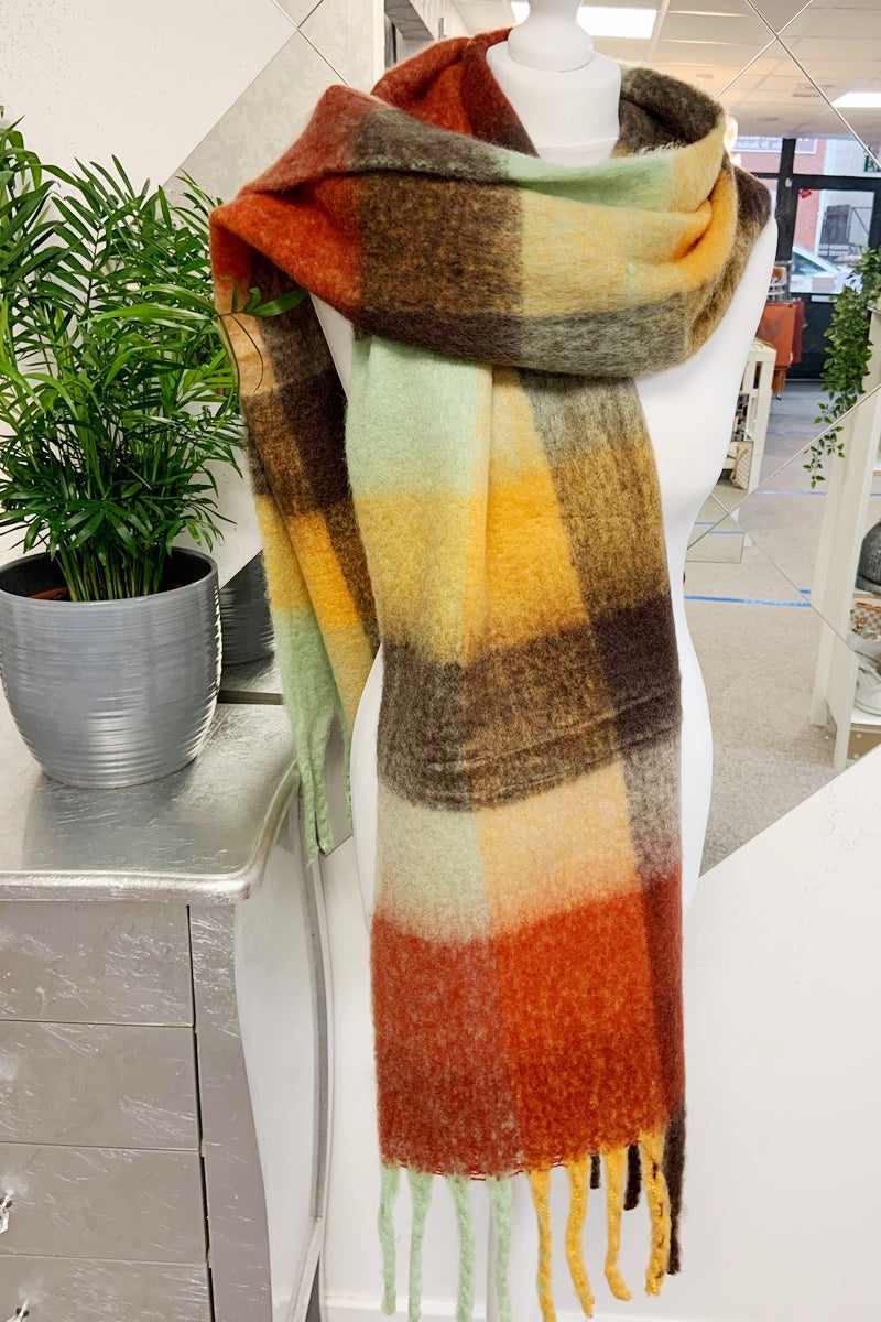 Brown Check Scarf - R114