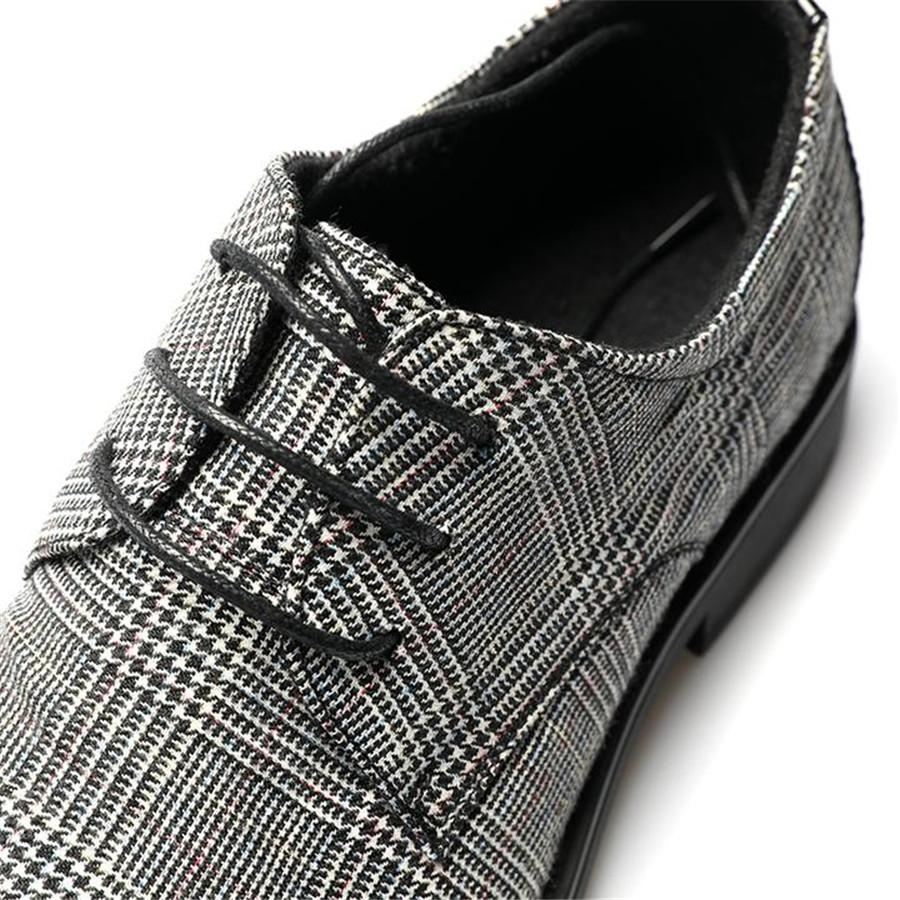 a994a7a15be8c Retro Genuine Leather Plaid Lace Up Shoes