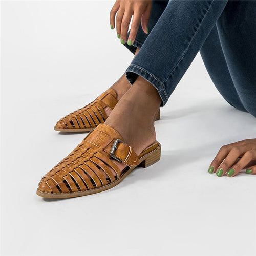 Fashion Retro Hollow Flat Slippers