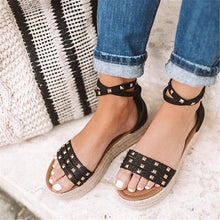 Load image into Gallery viewer, Fashion Versatile Studded Platform Sandals