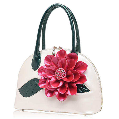 Pearlescent patent leather flower shoulder bag