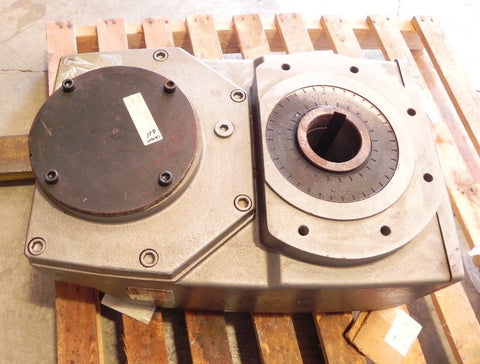Nord Gear Reducer SK7382AG-132 S/8-2 Wubrez