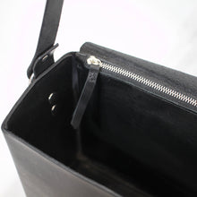 Load image into Gallery viewer, Boxy Bag Black