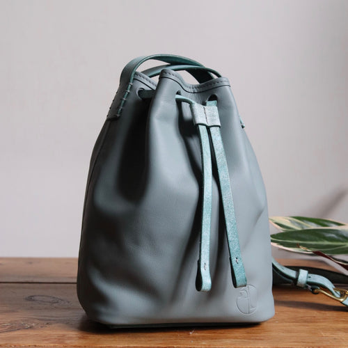 Bucket Bag Mini Grau - Eisminze