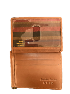 LEATHER BI-FOLD WALLET WITH MONEY CLIP