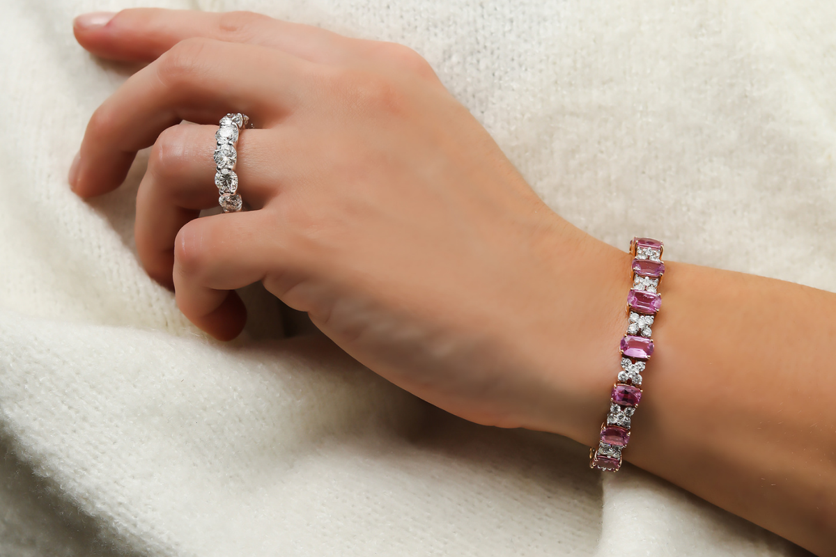 Valentine's Day bracelet gifts for her