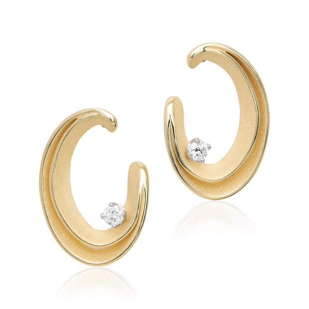 18K Yellow Sunrise Gold Essential Serie Uno Collection Diamond Earrings