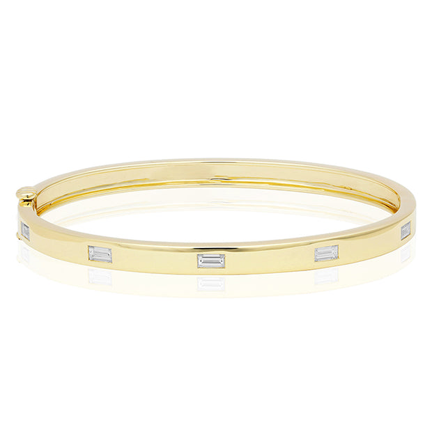 18K Yellow Gold Moderne Bracelet with Baguette Diamonds