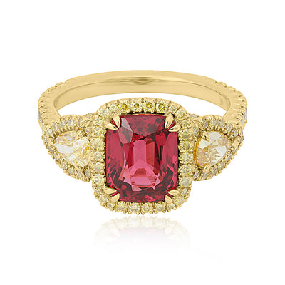 18K Yellow Gold Red Spinel and Yellow Diamond Ring