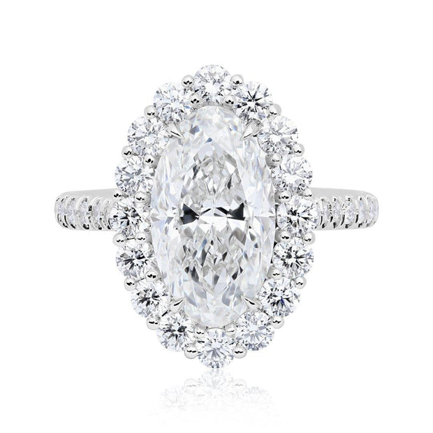 18K White Gold Diamond Halo Ring with Oval Center Stone