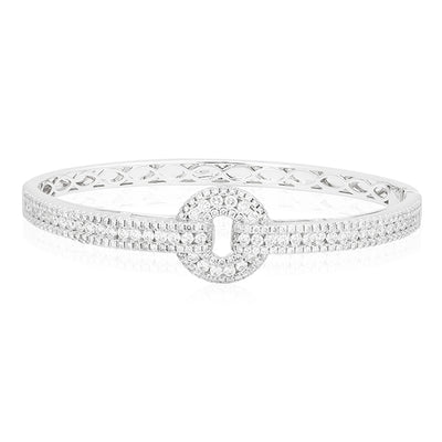 "18K White Gold Bracelet With An ""O"" Shape With Three Rows Of Round Diamonds"