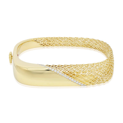 18K Yellow Gold Soie Collection Bangle Bracelet with Diamonds