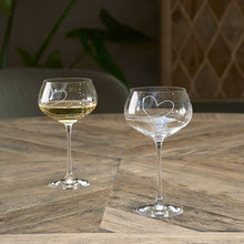 Afbeelding in Gallery-weergave laden, Riviera Maison - With Love White Wine Glass