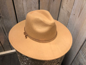 Lovely Hat Camel