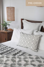 Reversible Organic Cotton Quilt in Deco & Bottlebrush
