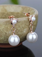 Load image into Gallery viewer, Silver Plated Pearl Earrings