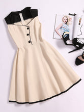 Load image into Gallery viewer, Special Designed Sweet Heart Color Block Skater Dress