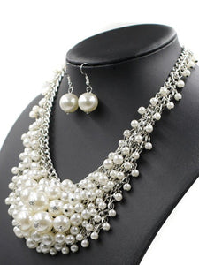 Luxurious Pearl Chain Necklace And Earrings Set