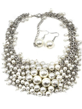 Load image into Gallery viewer, Luxurious Pearl Chain Necklace And Earrings Set