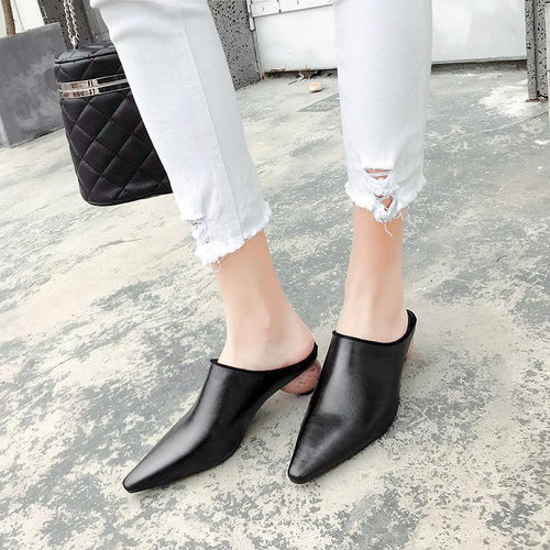Fashion New Pointed Retro Thick Heels