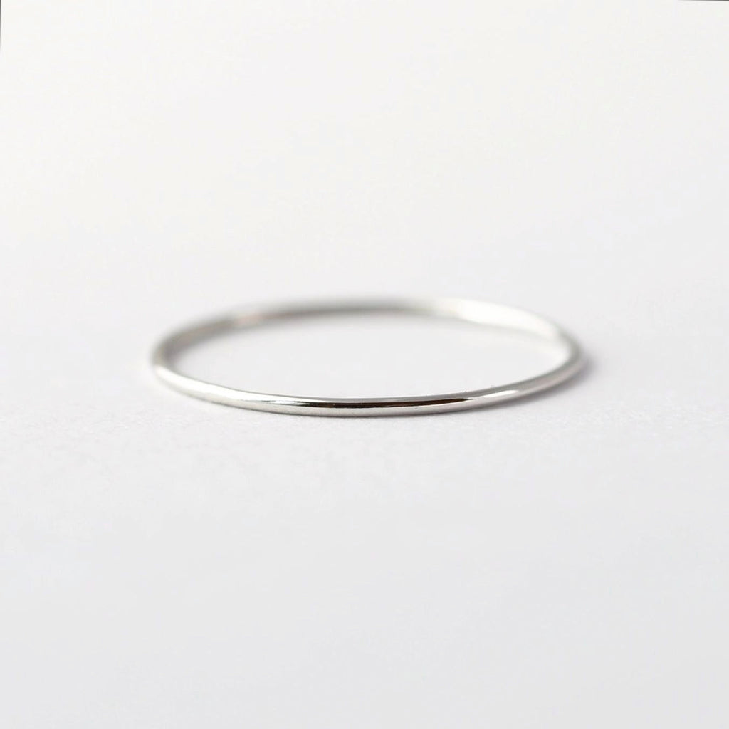 Simple Platinum Wedding Band:  Thin PT950 Ring