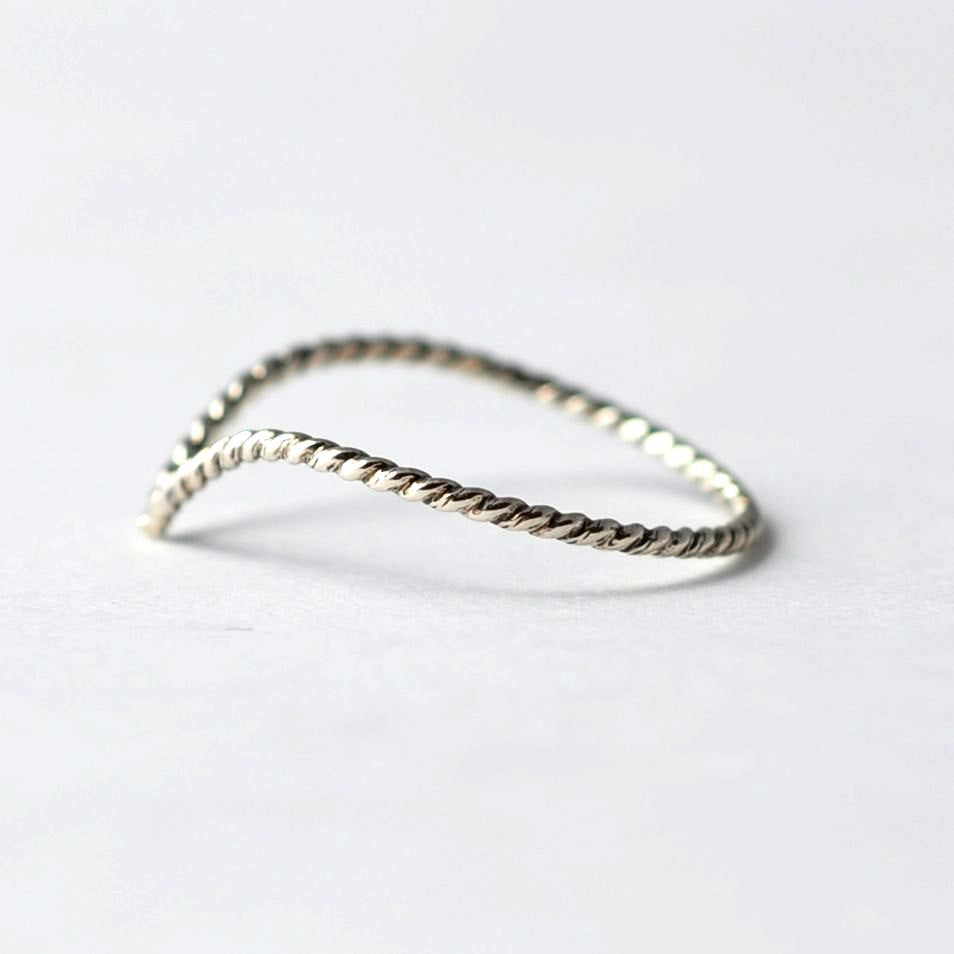 Braided Silver Ring: Chevron, Best Valentines Gifts