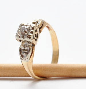 Engagement Rings: Vintage Diamond & 14K Gold Heart Details, Size 4/4.25