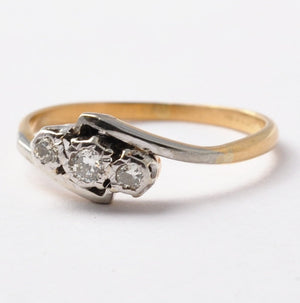 Three Stone Diamond Ring: Art Deco 18K Gold & Platinum, Size 7.75