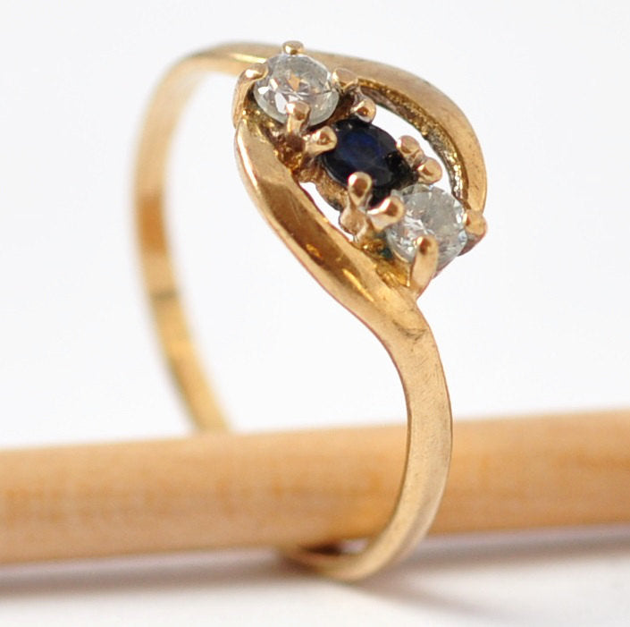 Promise Rings for Her: Vintage Sapphire, Diamond Paste & 9K Gold, Size 5.75