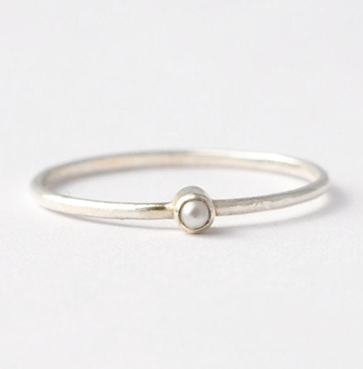 June Birthstone Rings: Tiny Pearl & 925 Silver, Gift Ideas for Grandparents